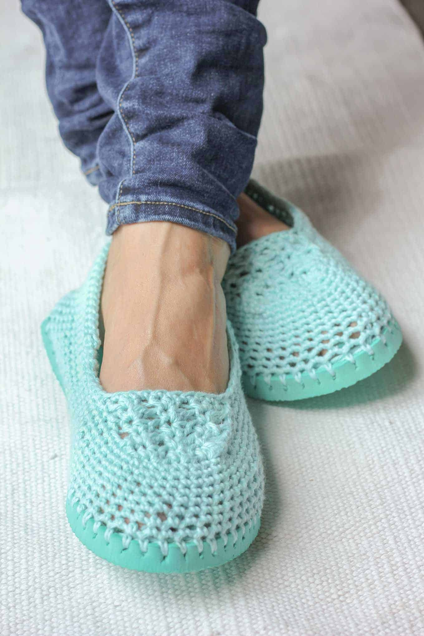 20 Free Crochet Slipper Patterns that are Perfect for Fall ...